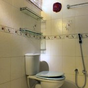 10 Gast 1 Bad / guest 1 bathroom