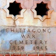 Commonwealth_War_Cemetery_02